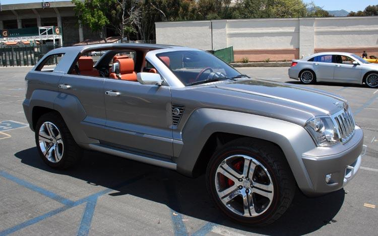 Front Right Silver Jeep Trailhawk Concept Truck Picture